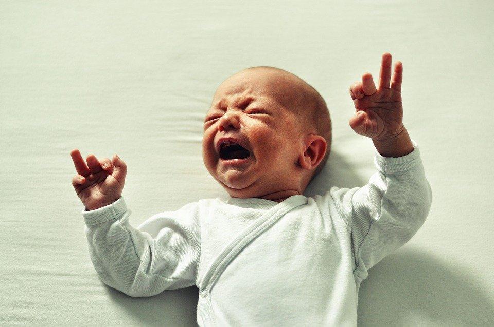 Singhiozzi neonato, tutto quello che c'è da sapere
